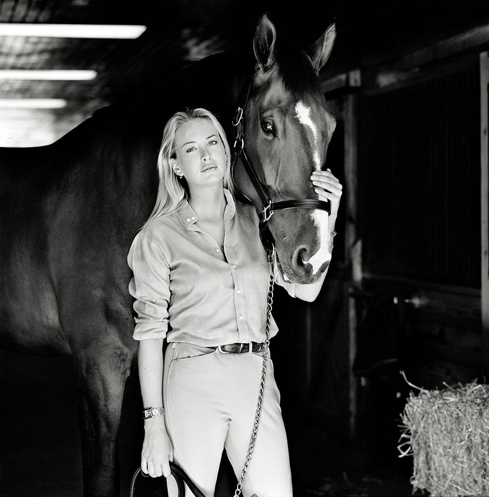 GALLIANI-COLLECTIONI-Jennifer-Huidecopper-Equestrian-Portrait- B&W 1000x1017