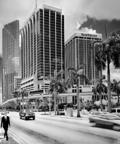 GALLIANI-COLLECTION-Miami-Downtown-First-week-Y2K-RTP