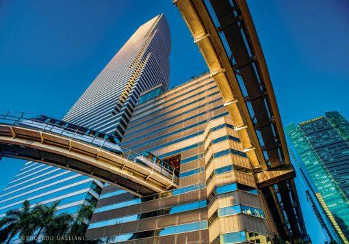 GALLIANI-COLLECTION-Miami-Downtown-Metromover-1073b